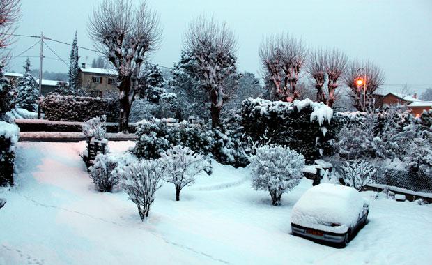 De la neige à Viviers en Mars