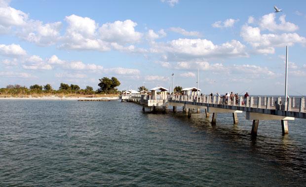 Pier Fort Desoto