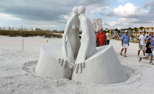 Sculpture sur sable à Treasure Island