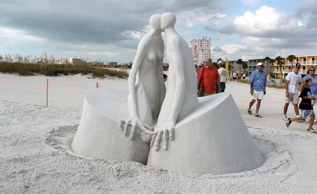 Sculpture sur sable à Treasure Island