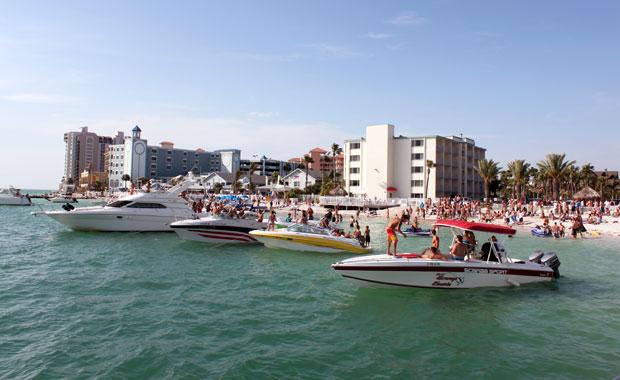 Les Yachts à Tropix